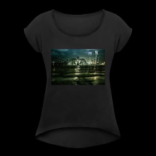 Hamburger Fischmarkt - Frauen T-Shirt mit gerollten Ärmeln