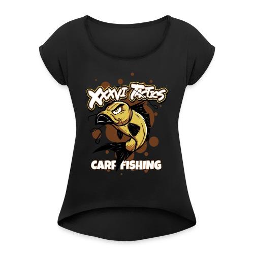 Carp fisching - karpfenangeln - by XXXVI TACTICS - Frauen T-Shirt mit gerollten Ärmeln