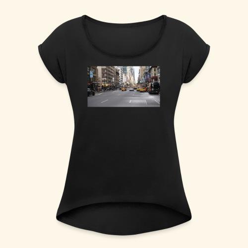 New York Traffic - Frauen T-Shirt mit gerollten Ärmeln