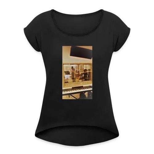 fan de caro - T-shirt à manches retroussées Femme