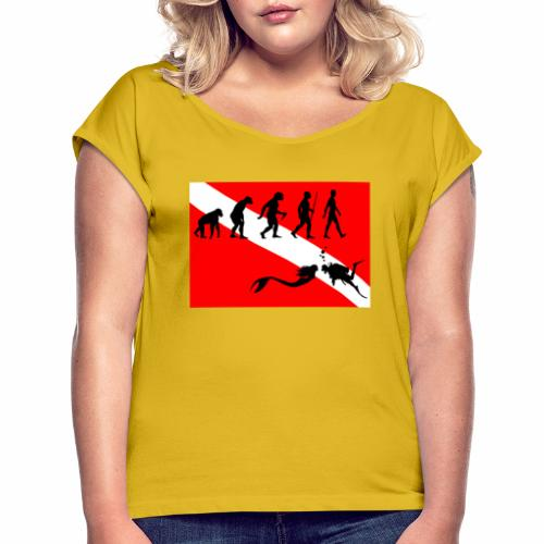 Scuba Evolution - Women's T-Shirt with rolled up sleeves