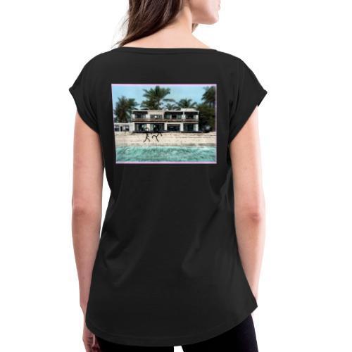 sadBoy Stick man Beach - Vrouwen T-shirt met opgerolde mouwen