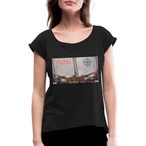 UYvr1gZtC3E - T-shirt med upprullade ärmar dam