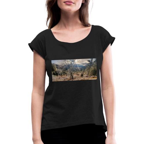 in the Wood - Frauen T-Shirt mit gerollten Ärmeln