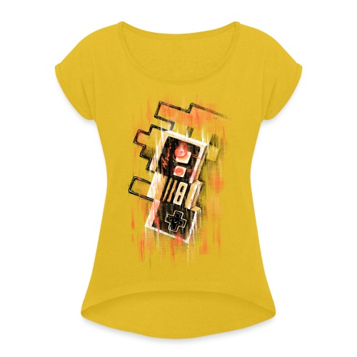 Blurry NES - Women's T-Shirt with rolled up sleeves