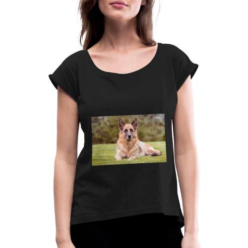 CallumTidmarsh - Women's T-Shirt with rolled up sleeves