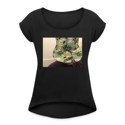 Geheimnisvoller junge - Frauen T-Shirt mit gerollten Ärmeln