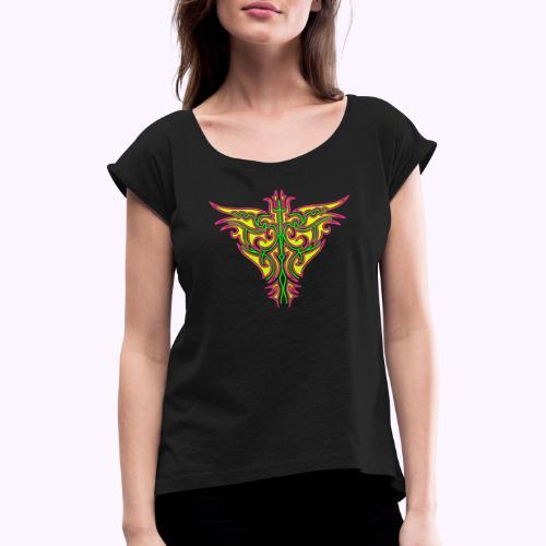 Maori Feuervogel - Frauen T-Shirt mit gerollten Ärmeln