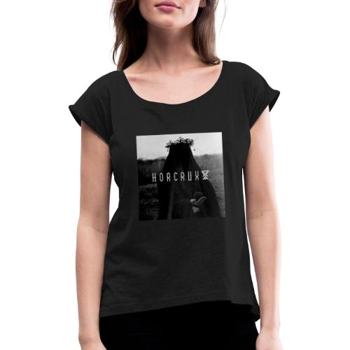 Cursed - Vrouwen T-shirt met opgerolde mouwen