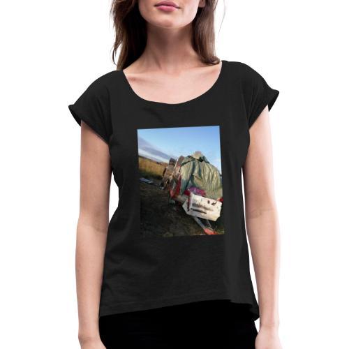 Kläder med vagnen på - T-shirt med upprullade ärmar dam
