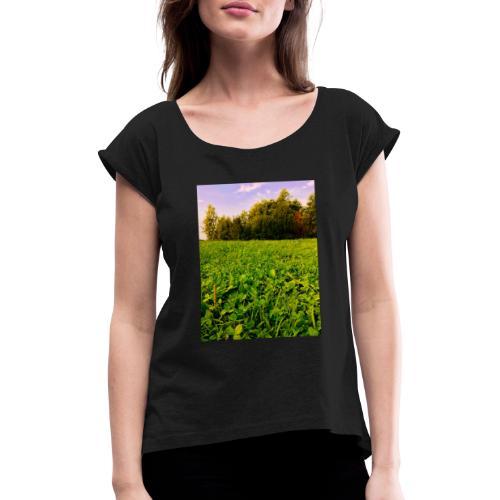51538086 ECF3 4168 82DD A4FC5BAB4B8C - T-shirt med upprullade ärmar dam