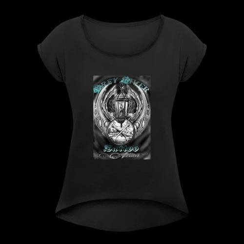 GreyRiverTattoo - Frauen T-Shirt mit gerollten Ärmeln