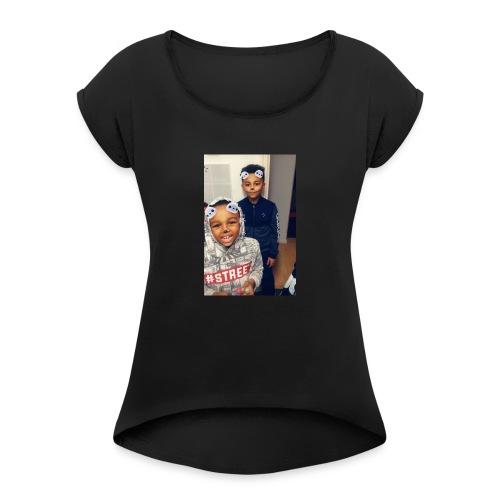 BBE457FD 4A88 4446 92D8 D040C54AE625 - Women's T-Shirt with rolled up sleeves