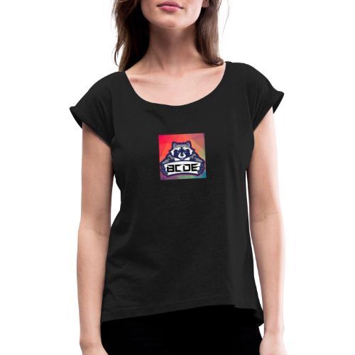 bcde_logo - Frauen T-Shirt mit gerollten Ärmeln