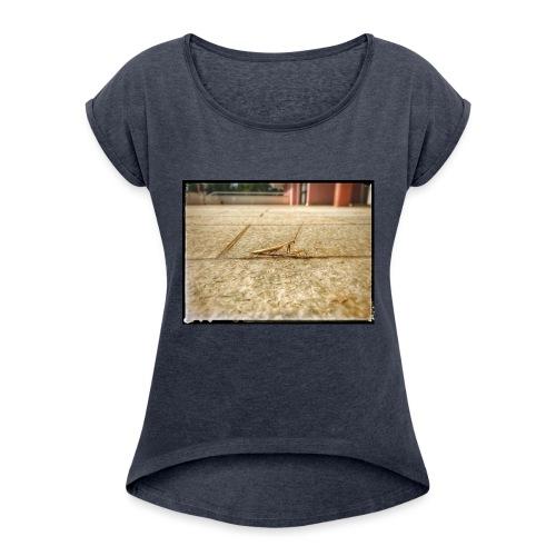 Gottesanbeter - Frauen T-Shirt mit gerollten Ärmeln