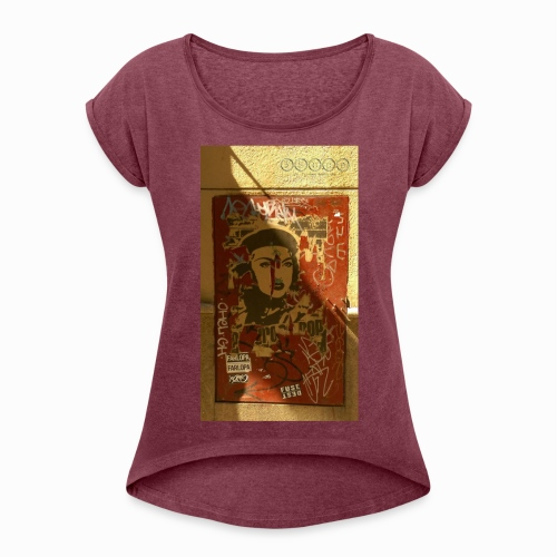 pasionaria madrid - Women's T-Shirt with rolled up sleeves