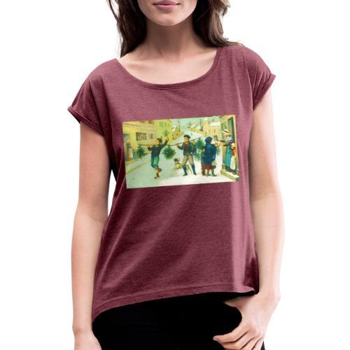 Jeune qui s'amuse - T-shirt à manches retroussées Femme