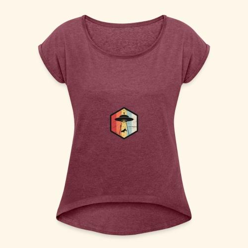 417427B4 C0F6 4AB9 8042 241C6391CA02 - Women's T-Shirt with rolled up sleeves