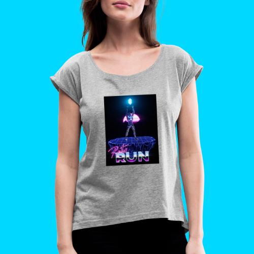 Retro Run merch #2 - Women's T-Shirt with rolled up sleeves