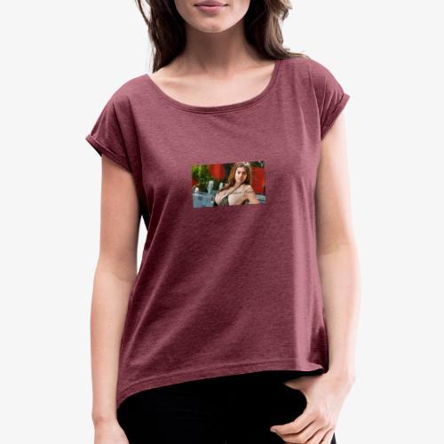 First - T-shirt med upprullade ärmar dam