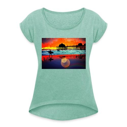 plage soleil couchant - T-shirt à manches retroussées Femme