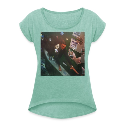 Surfing The Internet - Frauen T-Shirt mit gerollten Ärmeln