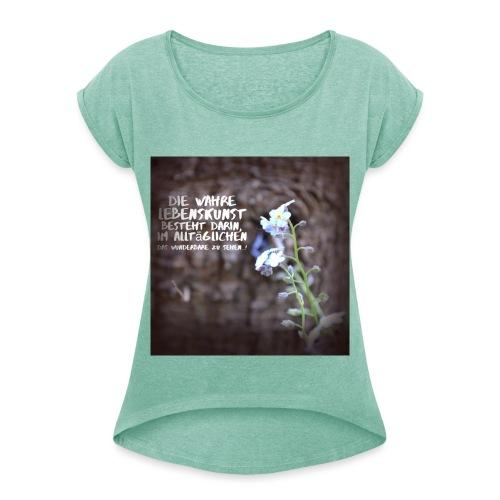 try3 jpg - Frauen T-Shirt mit gerollten Ärmeln