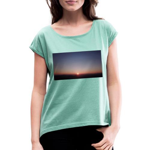 SONNENAUFGANG - Frauen T-Shirt mit gerollten Ärmeln