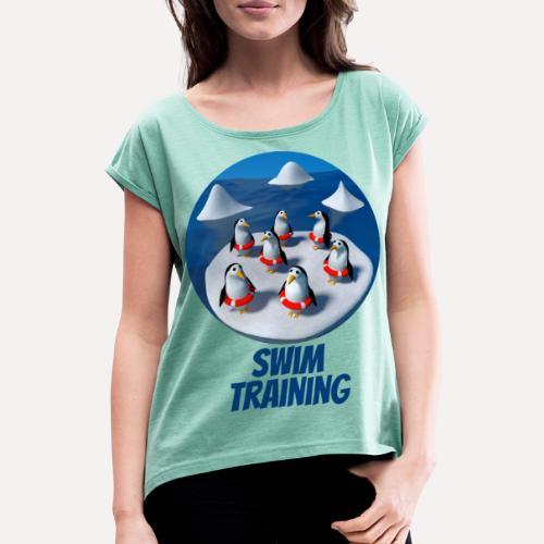 Pinguine beim Schwimmunterricht - Women's T-Shirt with rolled up sleeves