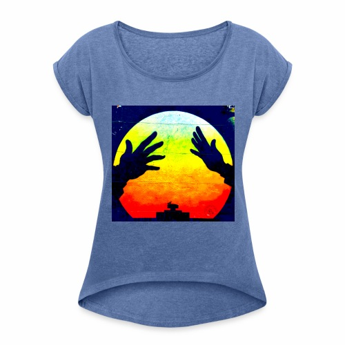 Nuclear Hands - Women's T-shirt with rolled up sleeves