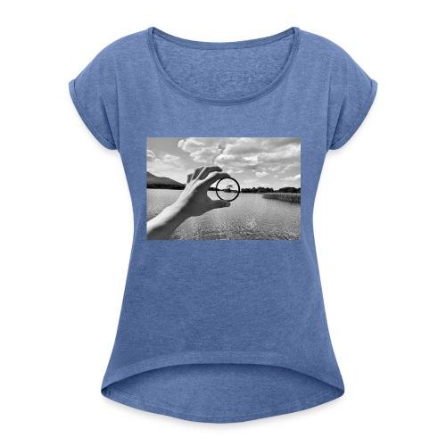 Circle of Life - Frauen T-Shirt mit gerollten Ärmeln