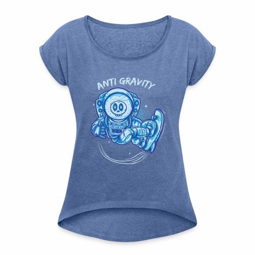 anti gravity space surfing - Frauen T-Shirt mit gerollten Ärmeln