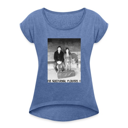 IMG_0004 - Women's T-shirt with rolled up sleeves