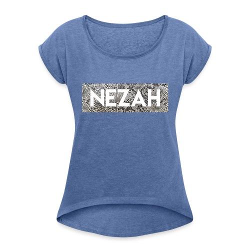 Nezah Snake Skin Box Logo - Women's T-Shirt with rolled up sleeves