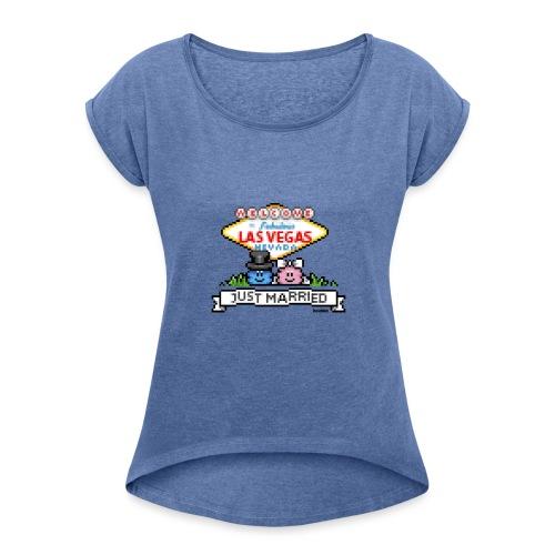 Just Married - Frauen T-Shirt mit gerollten Ärmeln