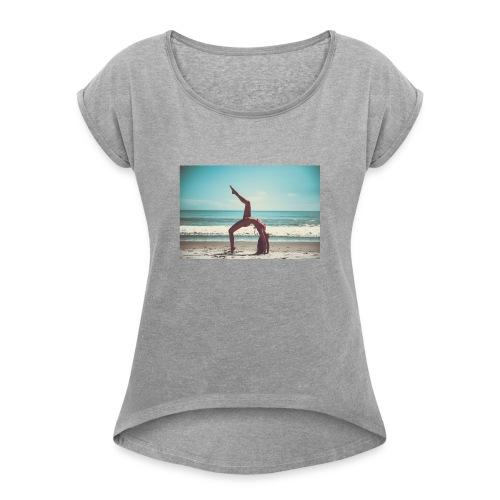 fee123 - Vrouwen T-shirt met opgerolde mouwen