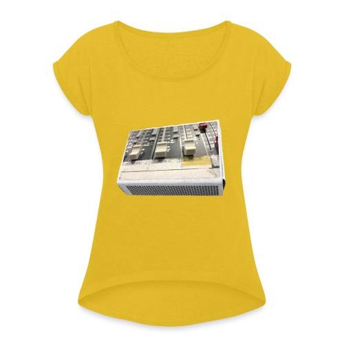 match mix contrast 1 - Frauen T-Shirt mit gerollten Ärmeln