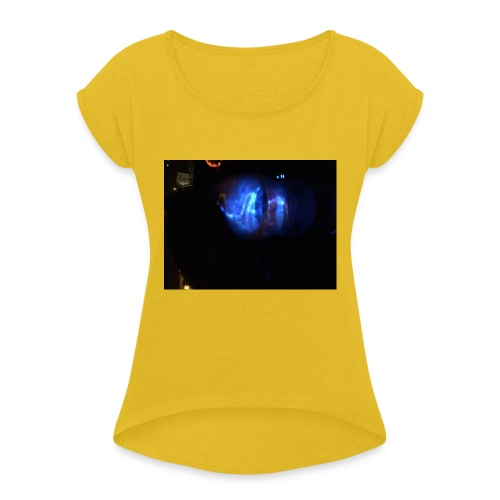 Chroma - Women's T-Shirt with rolled up sleeves