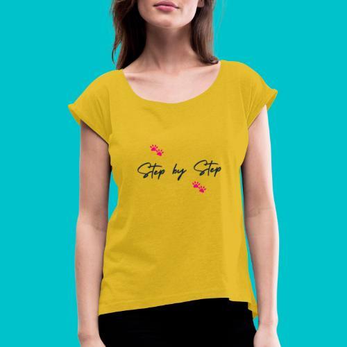 Step by Step (zampine rosa) - Maglietta da donna con risvolti
