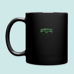 Need Glasses - Green - Tasse en couleur
