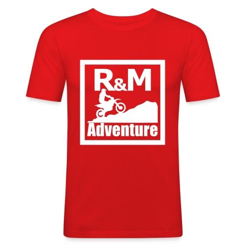 R M Adventure - Männer Slim Fit T-Shirt