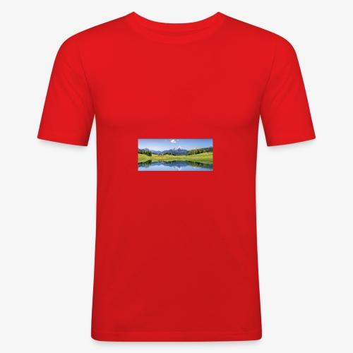 A9F057CE 0239 4C12 A5E4 D5544A3B7027 - Männer Slim Fit T-Shirt