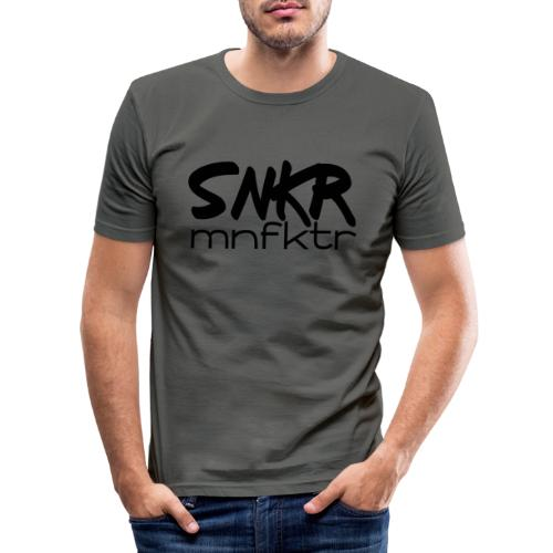 snkrmnfktr - Männer Slim Fit T-Shirt