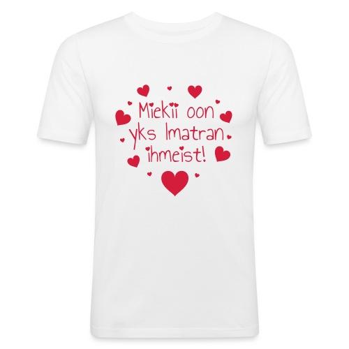 Miekii oon yks Imatran Ihmeist vauvan lh body - Miesten tyköistuva t-paita