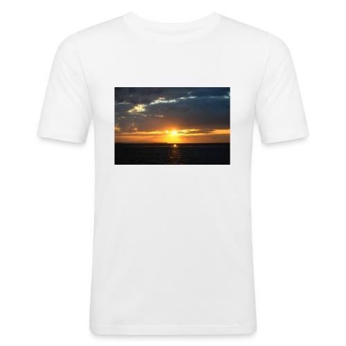 t-shirt zonsondergang - Mannen slim fit T-shirt