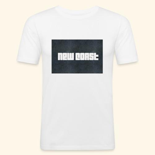 67BD2109 896A 43C2 A011 724421ED0341 - Männer Slim Fit T-Shirt