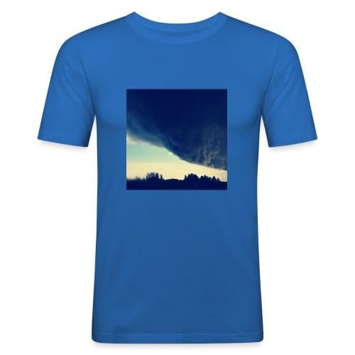 Be The Storm - Miesten tyköistuva t-paita