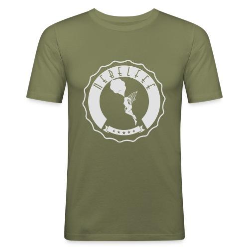 Nebelfee Street Logo weiß - Männer Slim Fit T-Shirt