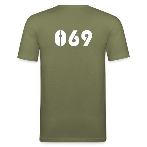 069 - Männer Slim Fit T-Shirt