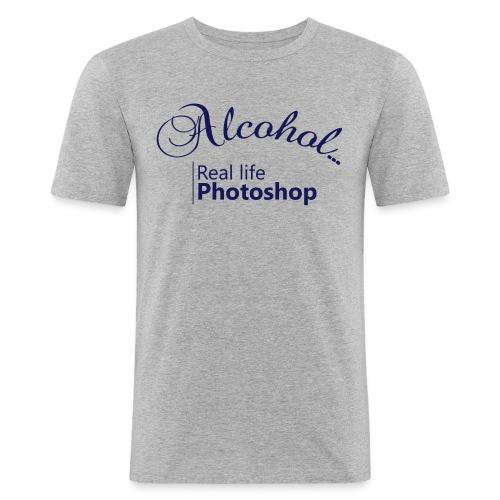 Alcohol Real life Photoshop - Männer Slim Fit T-Shirt